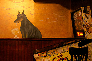 Johnny Mack&#039;s Interior 4